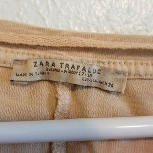 Zara Tops - Zara Trafaluc Baggy Crop Top A34